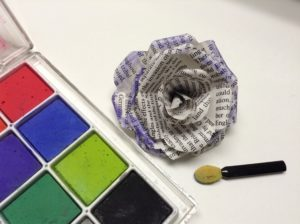 decorate paper rose with chalks