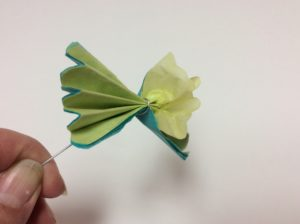 instuctions for tissue paper flower