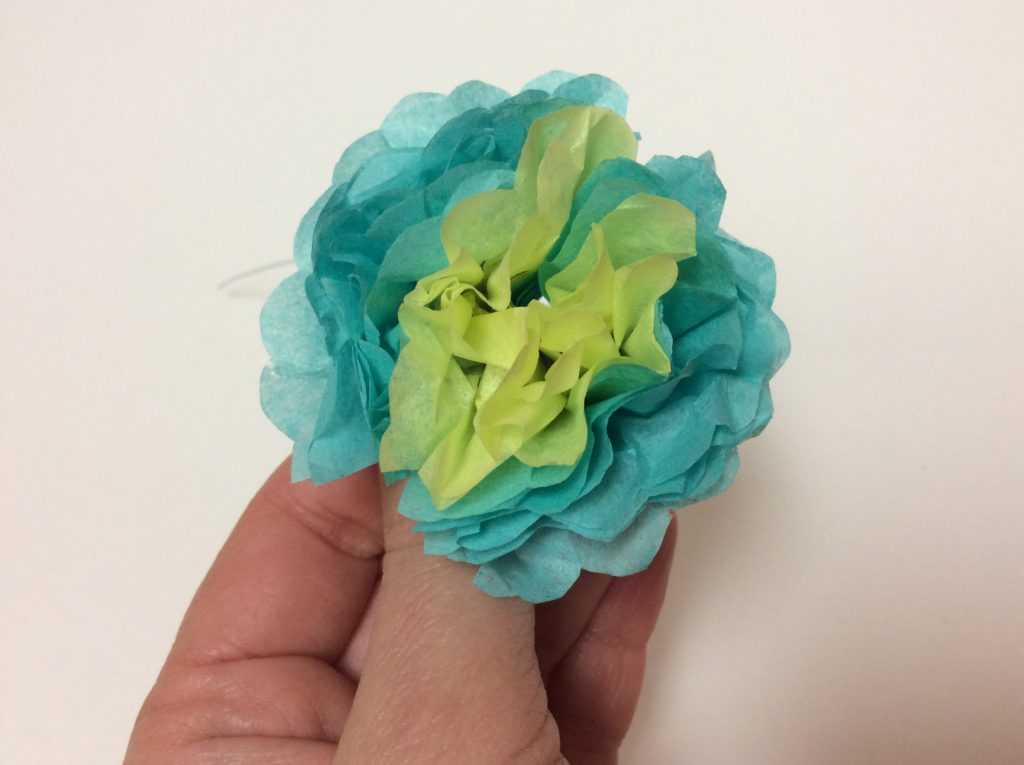 diy how to make a tissue paper flower