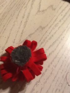 how to make a rolled felt flower