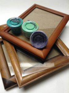 how to make picture frames match