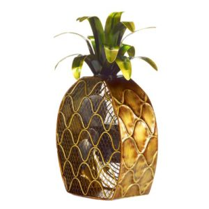 how to decorate with pineapples